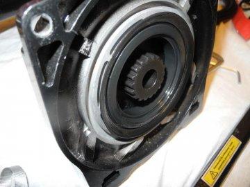 уплотнительные сальники барабана лебедки 4х4.jpg