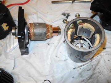 мотор лебедки в разборе.jpg